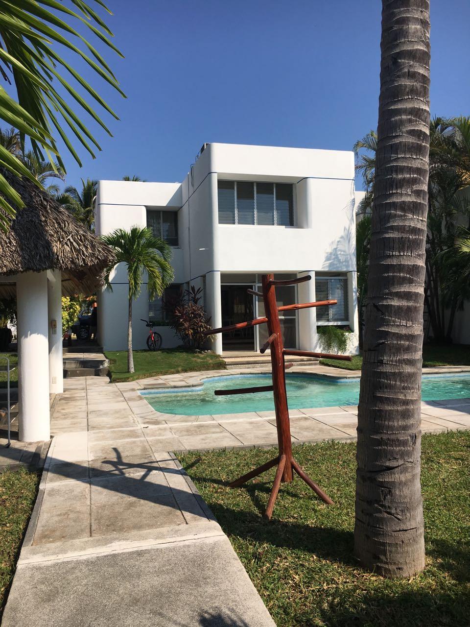 likin casa en en alquiler US$1,300.00 mensuales