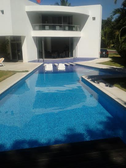 SEA SIDE  VENDO CASA GANGA US$210,000.00